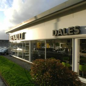 Renault dealership Louth
