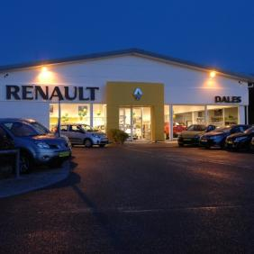 Renault Night Exterior